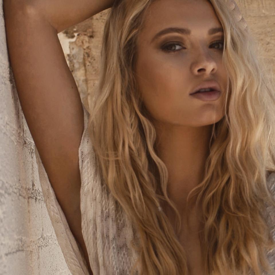Keener  nackt Jessie Nude celebrity