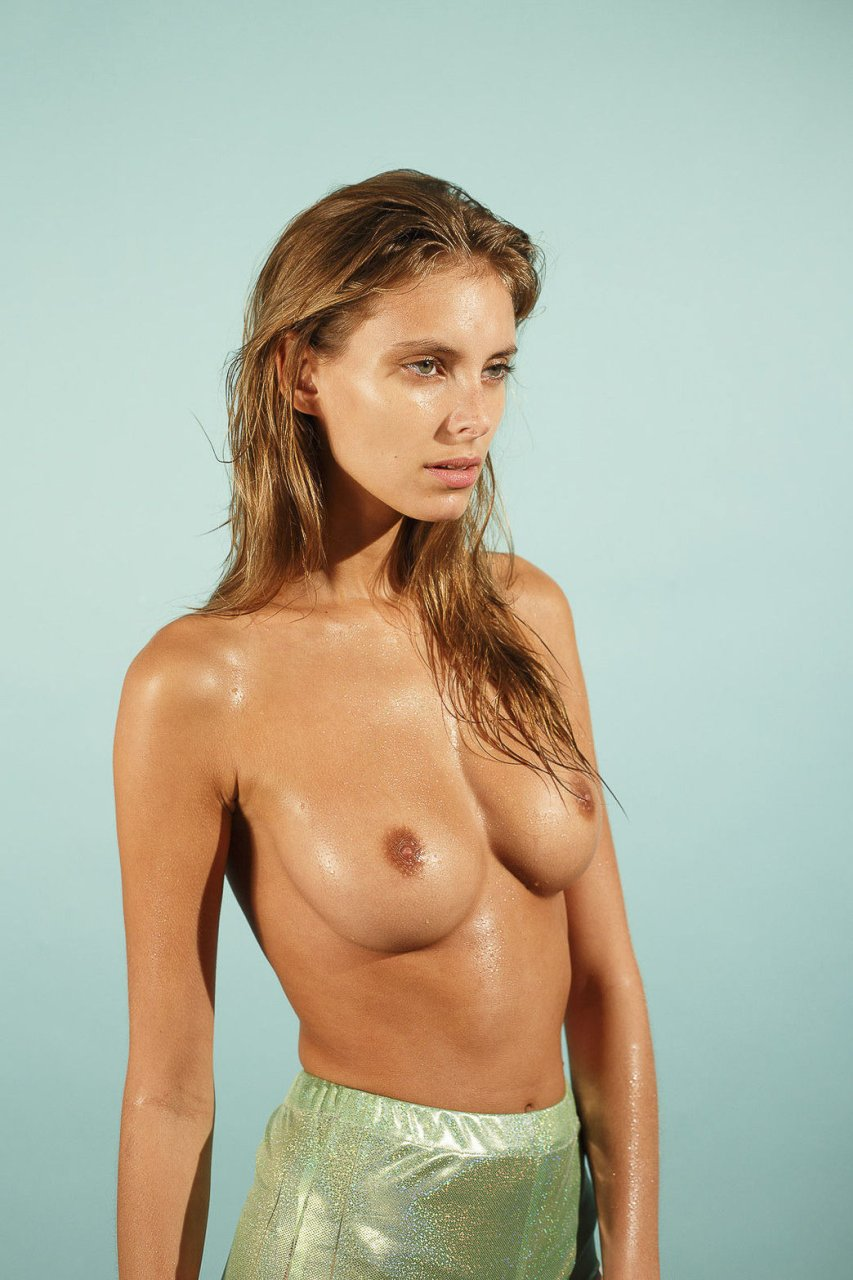 naked (12 photos), Pussy Celebrites picture