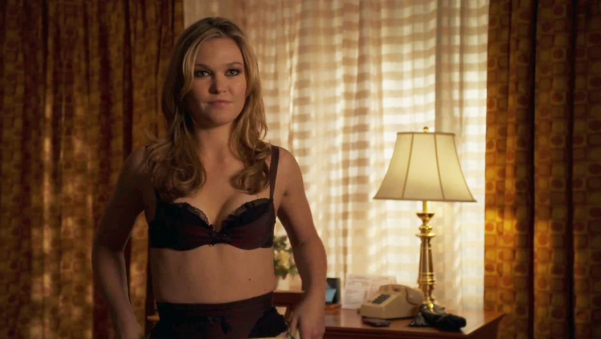 julia stiles nude photo