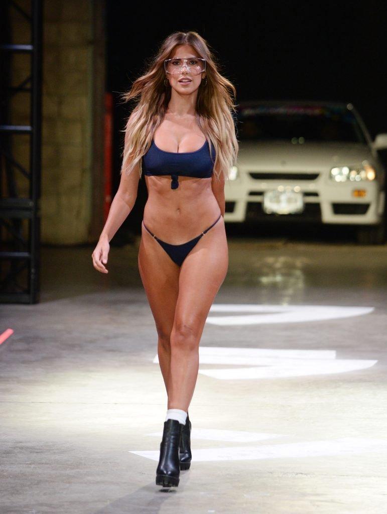 Kara Del Toro Sexy (28 Photos + Video)