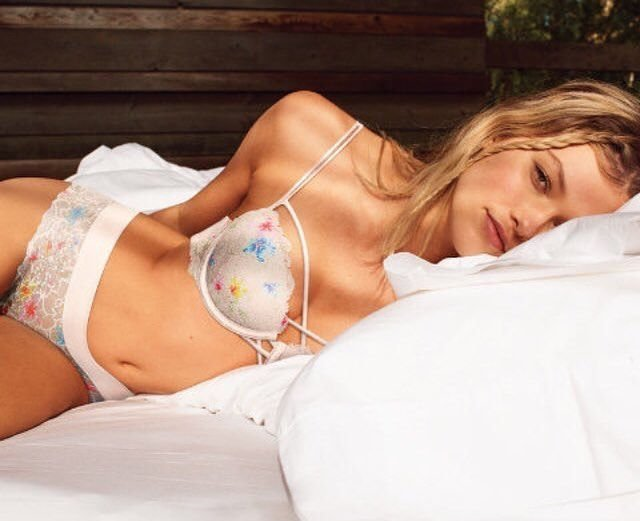 Maggie Laine Sexy (29 Photos)