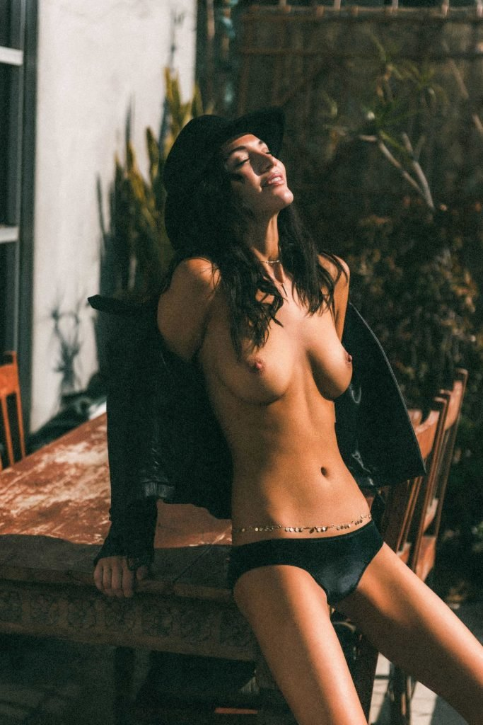 maurie smith nude