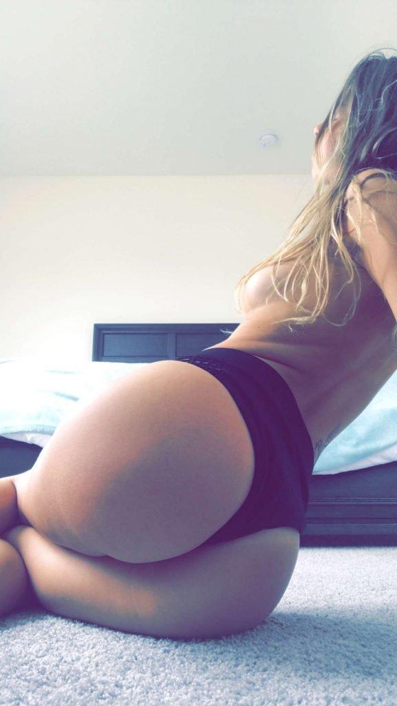 Molly Bennett Naked (4 Pics + Video)
