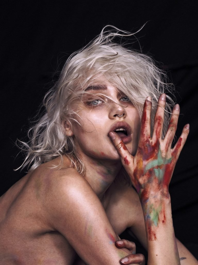 Nicole Gregorczuk Naked (12 Photos)