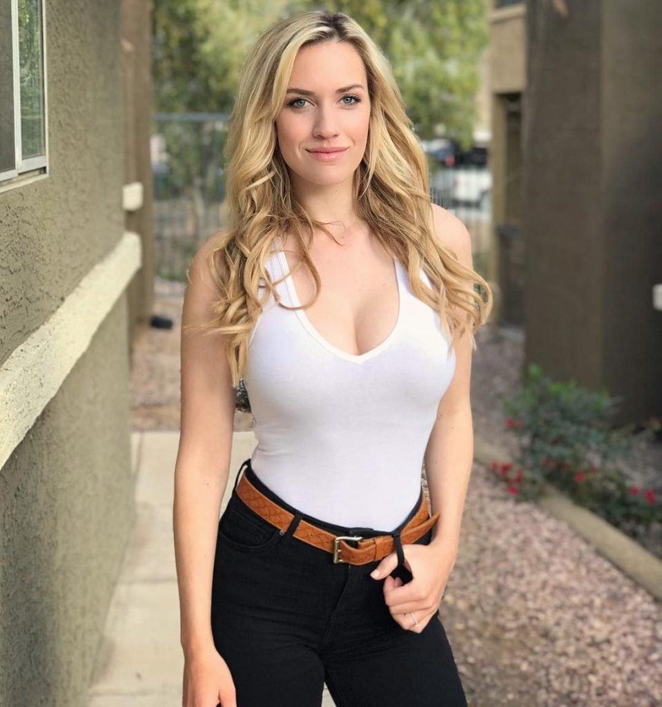 Genç hemşire porno