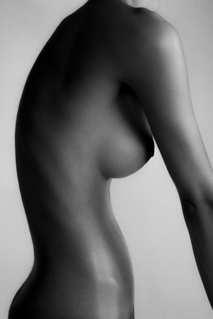Rebecca Bagnol Nude (9 Photos)