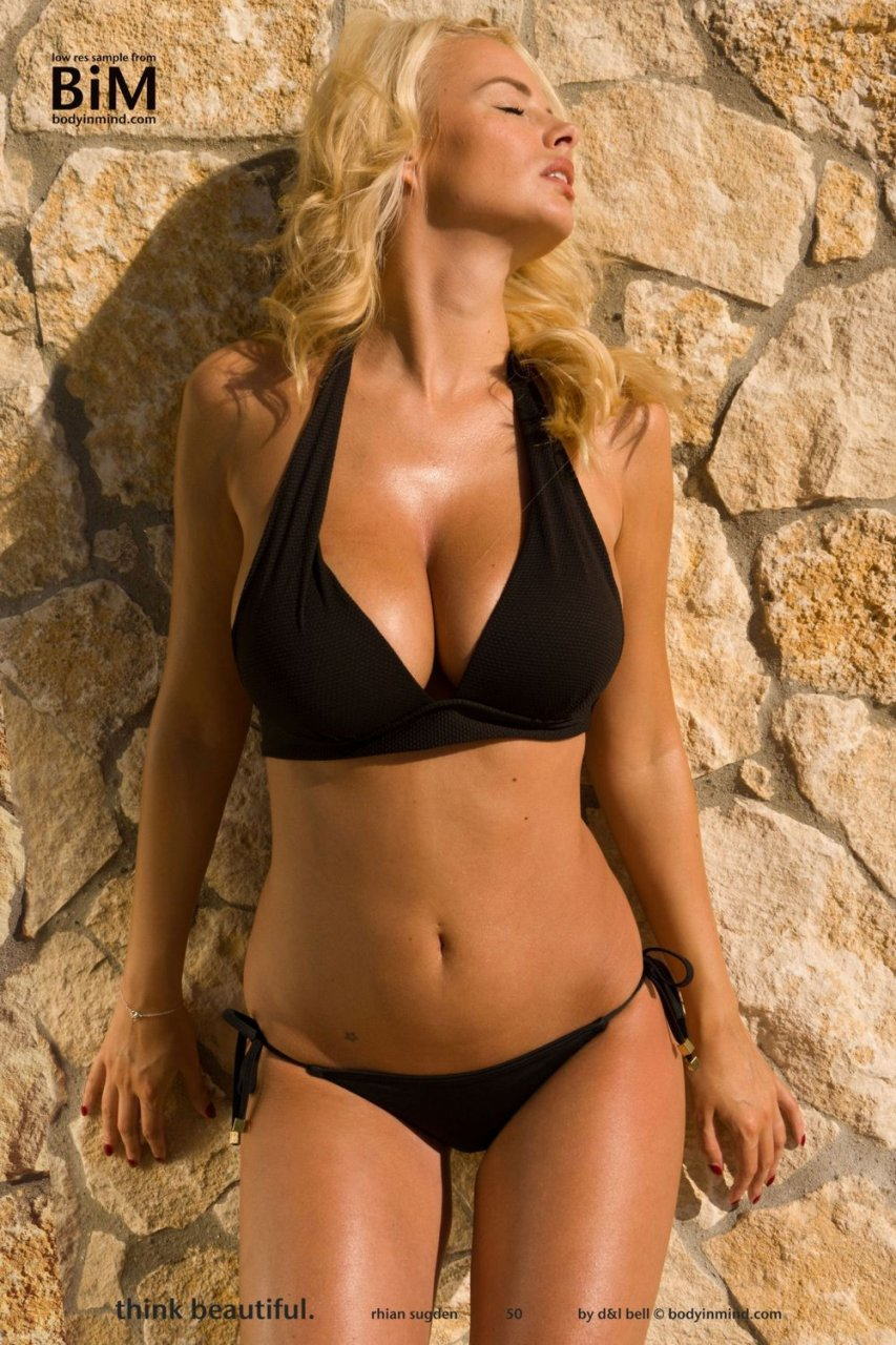 Rhian-Sugden-Nude-Sexy-TheFappeningBlog.com-1.jpg