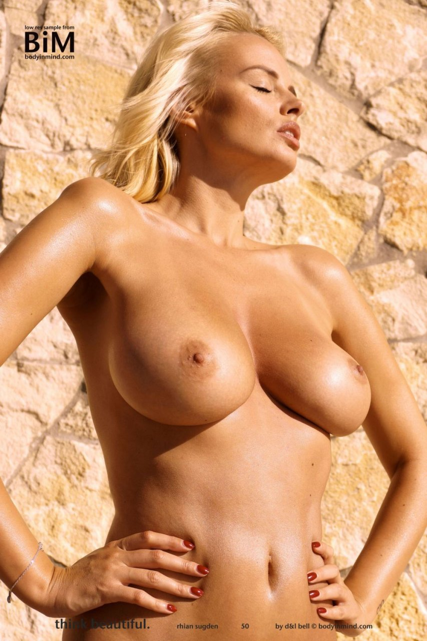 Rhian-Sugden-Nude-Sexy-TheFappeningBlog.com-5.jpg