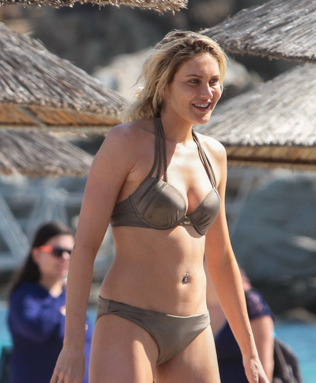 Stephanie Pratt Sexy & Topless (51 Photos) | #TheFappening