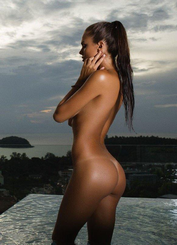 Nackt viktoria Naked Dr