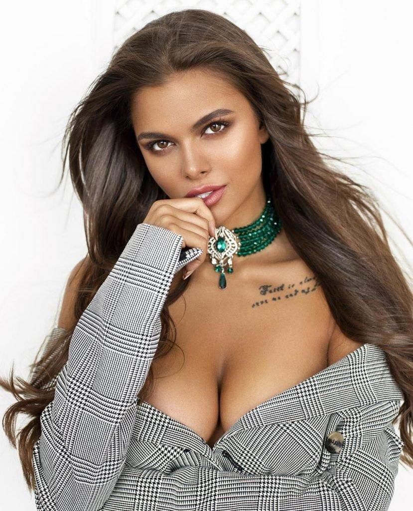 Viki Odintcova Nude & Sexy (66 Photos)