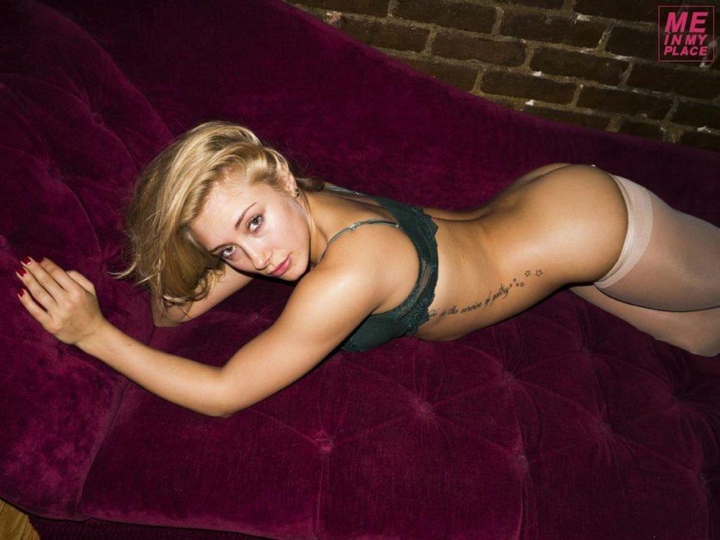 Alexandra Vino Nude & Sexy (100 Photos)