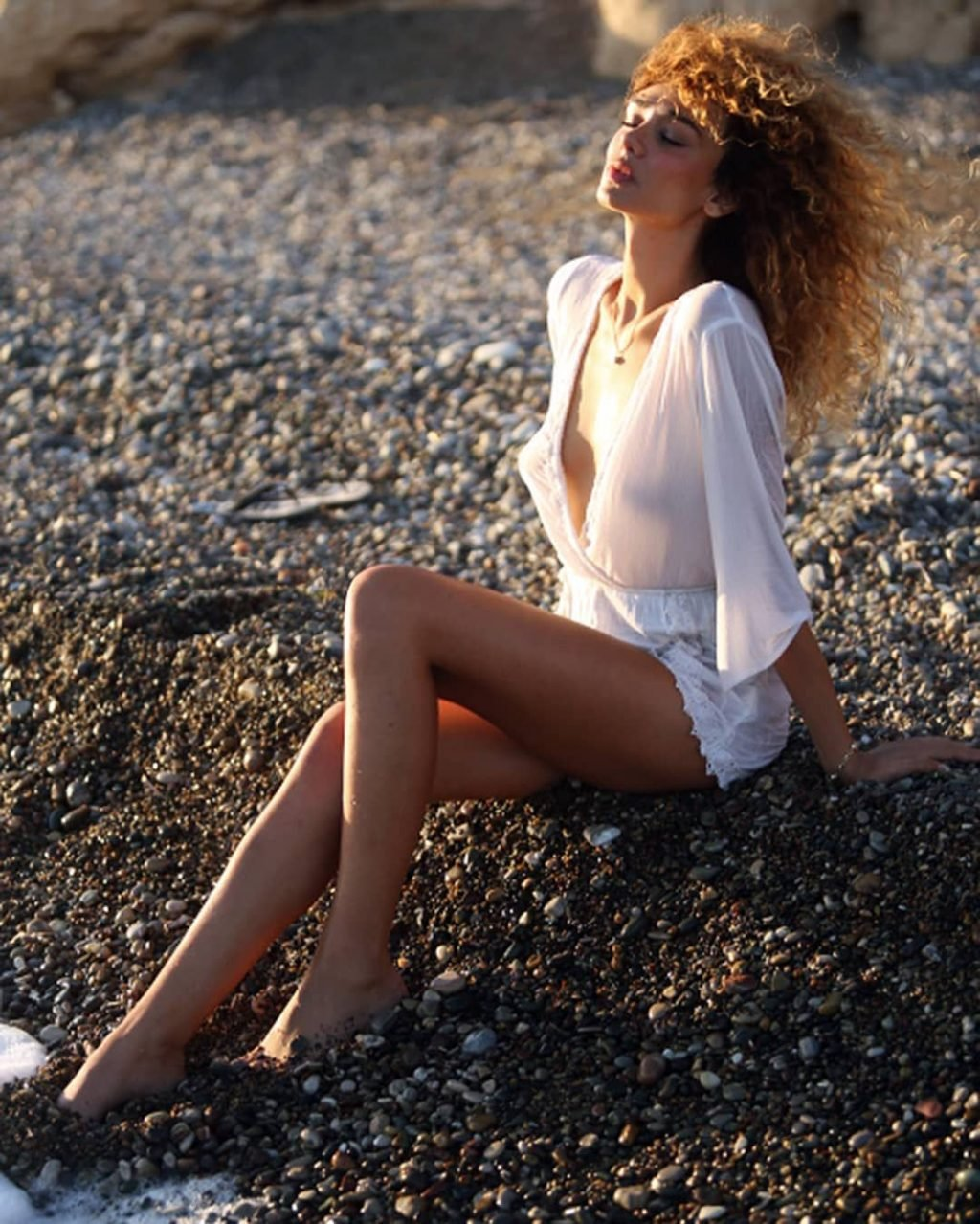 Amanda chrishell topless