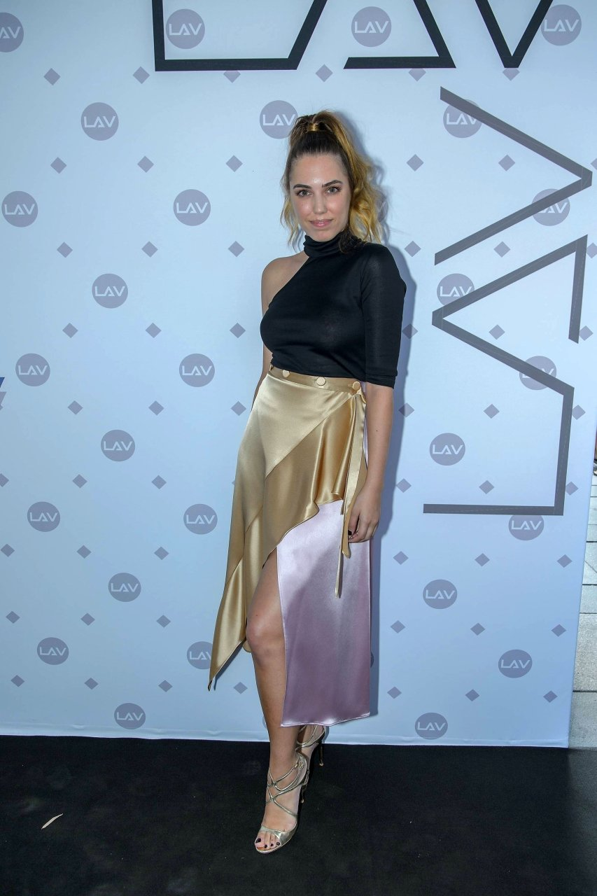 Amber Le Bon Nude amber le bon braless (23 photos) | #thefappening