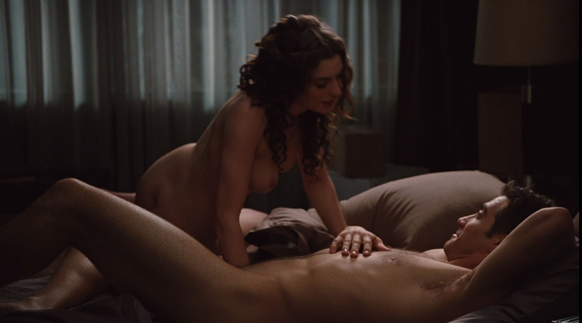 Anne Hathaway Porno anne hathaway nude and sexy scenes (6 video and 39 photos
