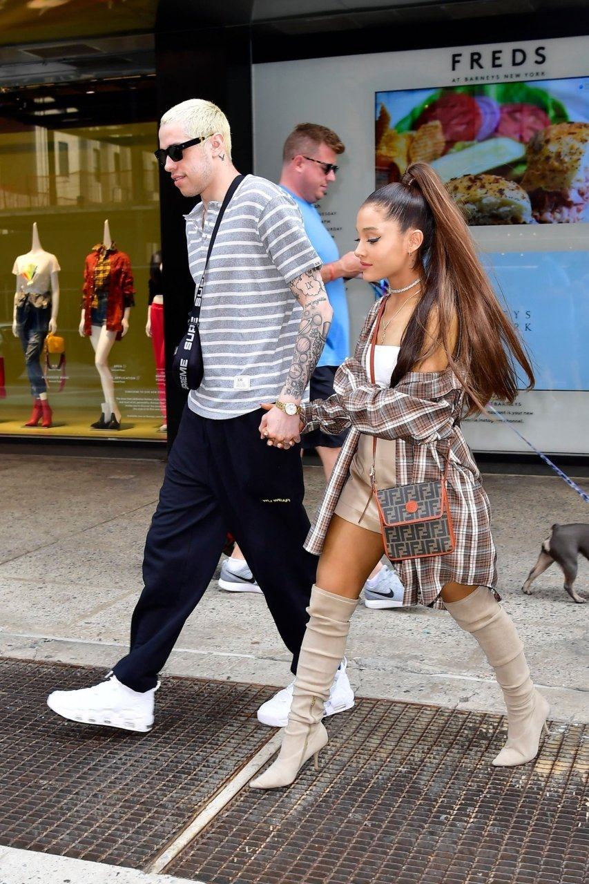 Ariana Grande's Pokies (19 Photos)   #TheFappening