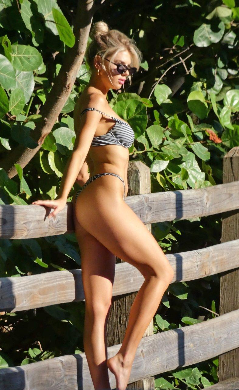 Charlotte-McKinney-Sexy-TheFappeningBlog.com-10-3.jpg