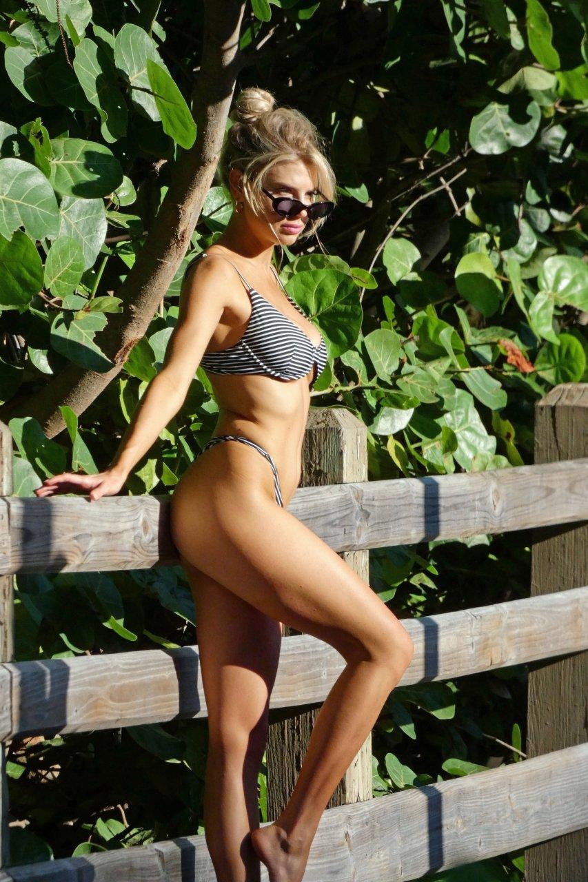 Charlotte-McKinney-Sexy-TheFappeningBlog.com-18-3.jpg