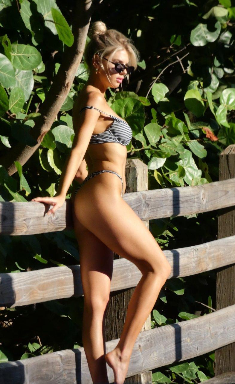 Charlotte-McKinney-Sexy-TheFappeningBlog.com-9-3.jpg