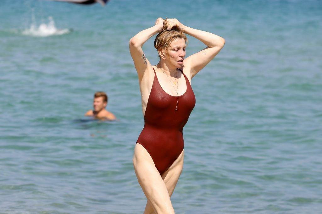 Courtney Love Sexy (19 Photos)