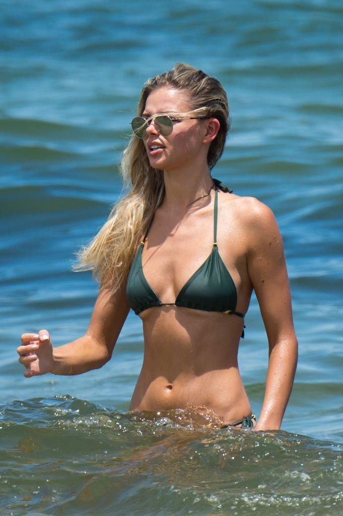 Danielle Knudson Sexy (23 Photos + GIF)