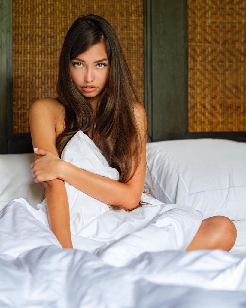 Darina Dashkina Nude & Sexy (52 Photos)