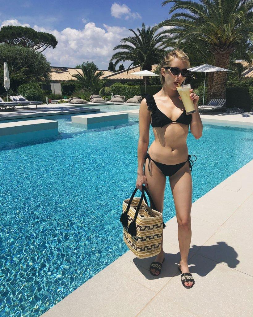 Emma Roberts Sexy (20 Photos)