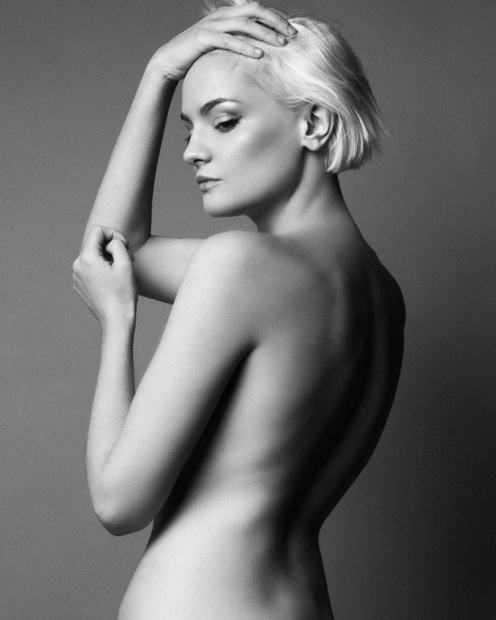 Erin Mae Nude & Sexy (106 Photos)