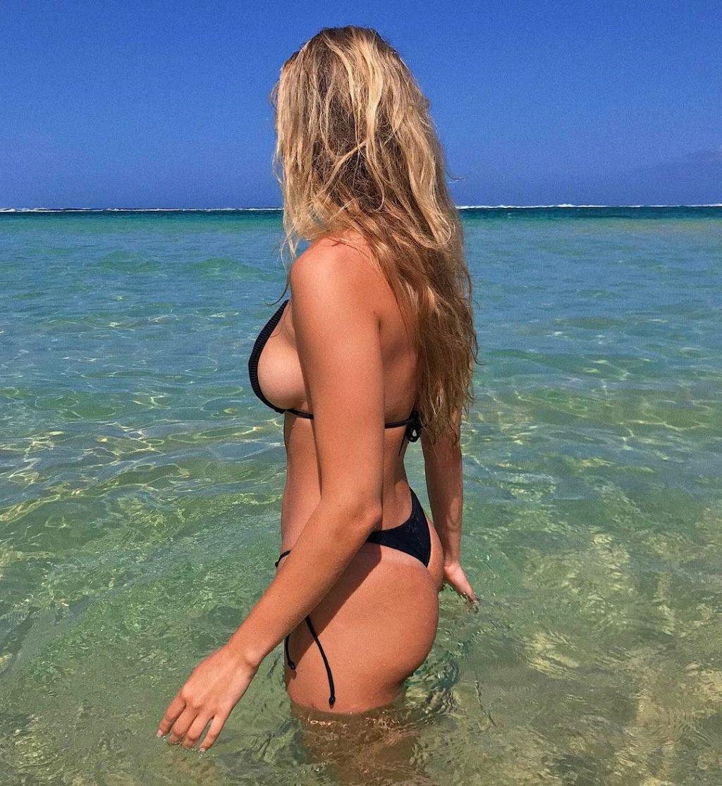 Francesca Aiello Sexy & Topless (45 Photos)