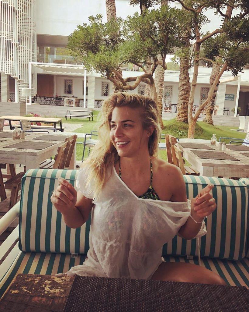 Gemma Atkinson Sexy (105 Photos)