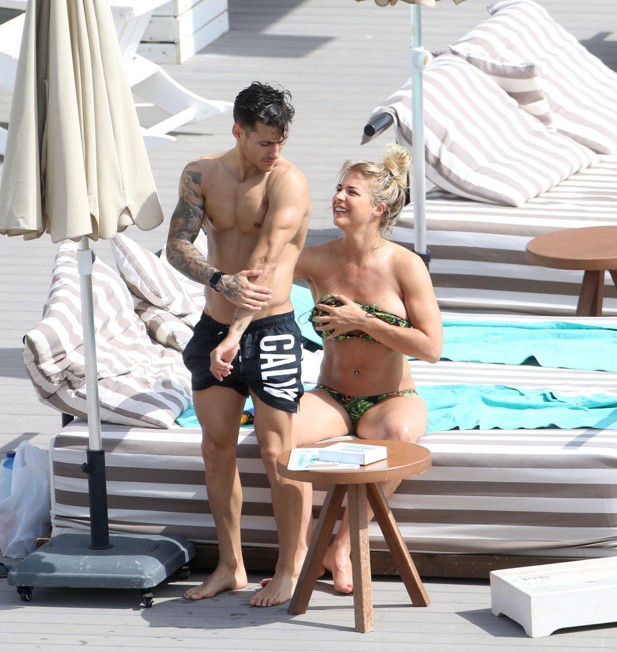 Gemma Atkinson in a bikini during vacation in Ibiza, 07/09