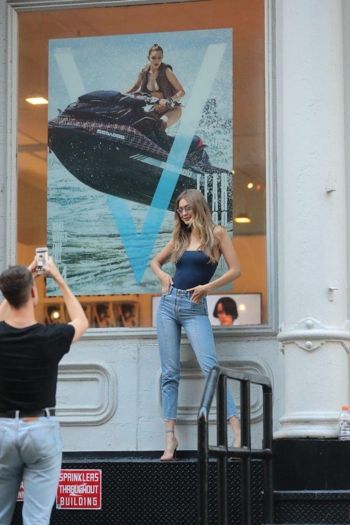 Gigi Hadid Sexy (65 Photos)