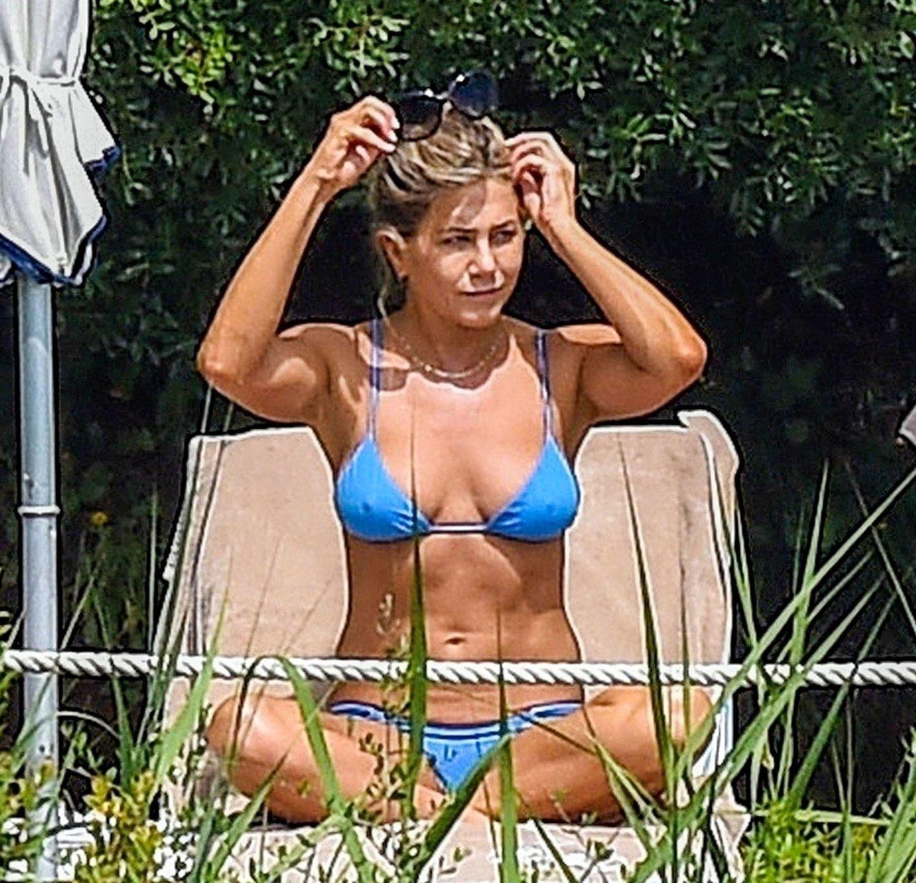 Jennifer Aniston Wearing a Bikini in Portofino, Italy – 7/23/18