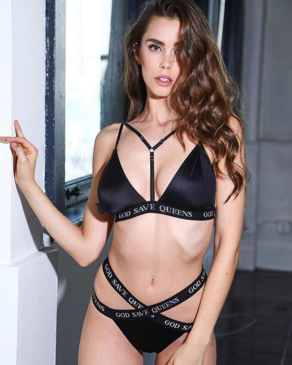 Jessica Buch Nude & Sexy (106 Photos)