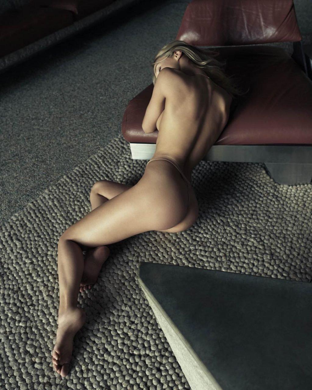 Joy Corrigan Nude & Sexy (36 New Photos + GIF)