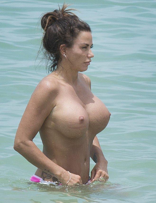 Katie-Price-Topless-TheFappeningBlog.com-16.jpg