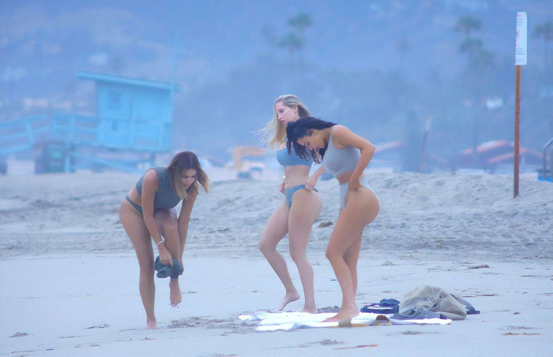 Kim-Kardashian-Sexy-TheFappeningBlog.com-14.jpg