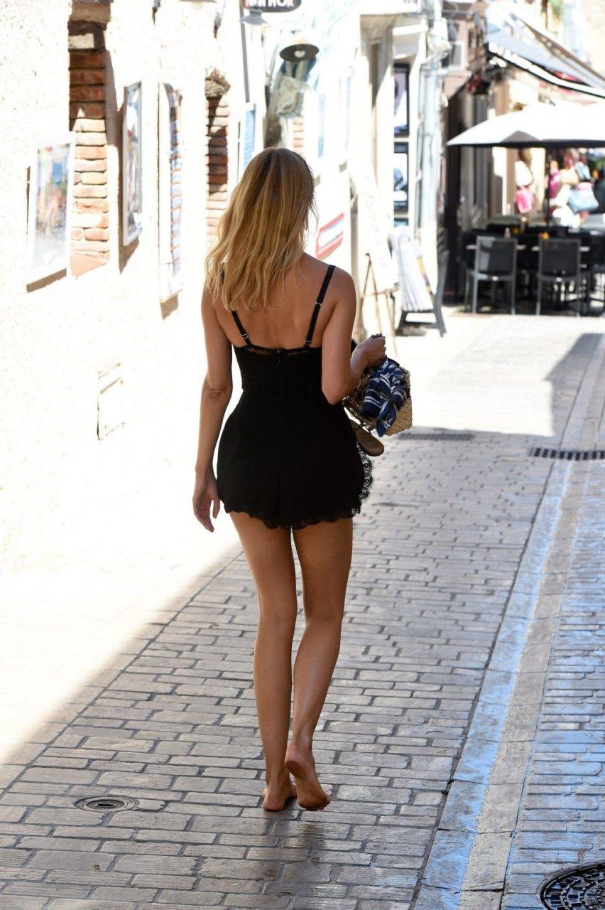 Kimberley Garner Sexy (38 Photos)