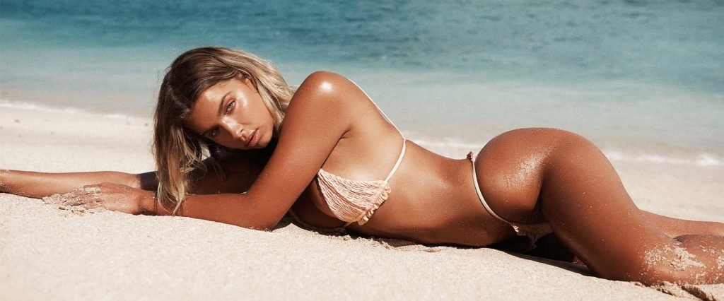 Kristina Mendonca Sexy (27 Photos)