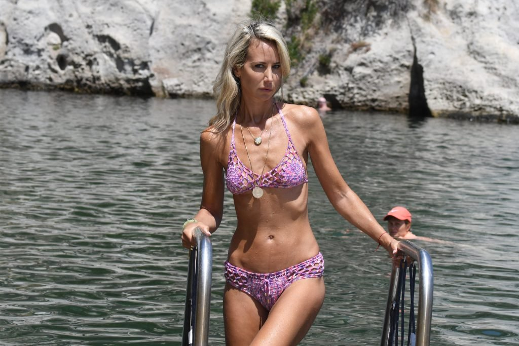 Lady Victoria Hervey Sexy (57 Photos)