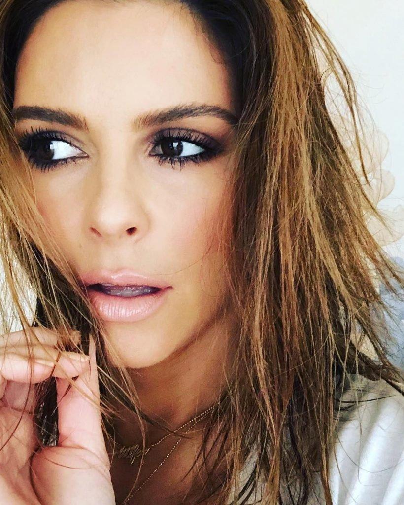 Maria Menounos Sexy (28 Photos)