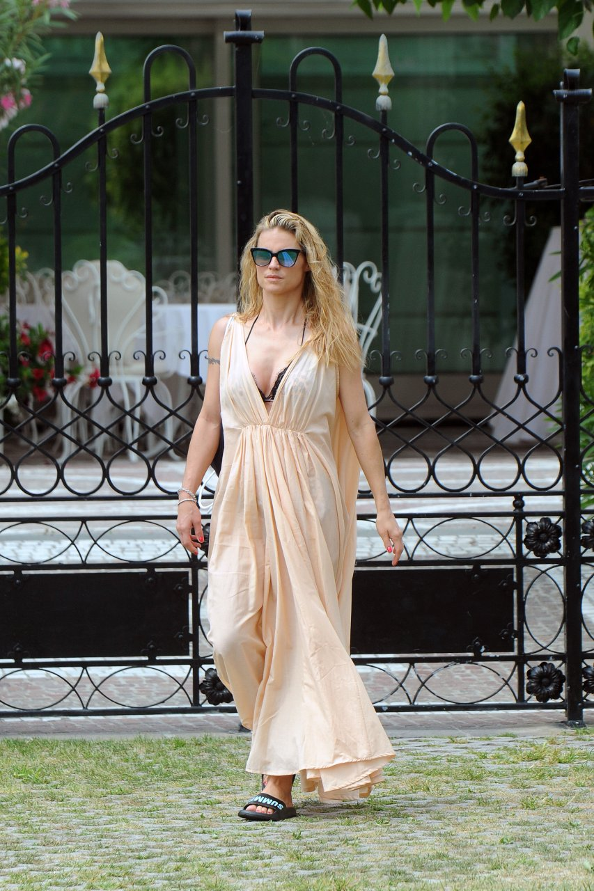 Michelle Hunziker Nude Photos and Videos | #TheFappening