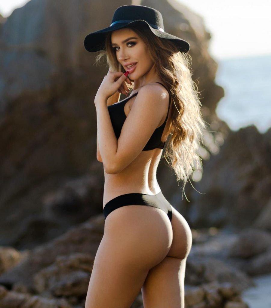 Naked boobs molly eskam