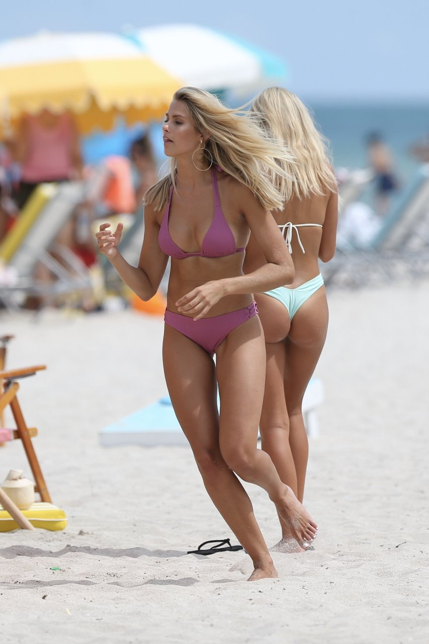 Natalie Roser Sexy (32 Photos) | #TheFappening