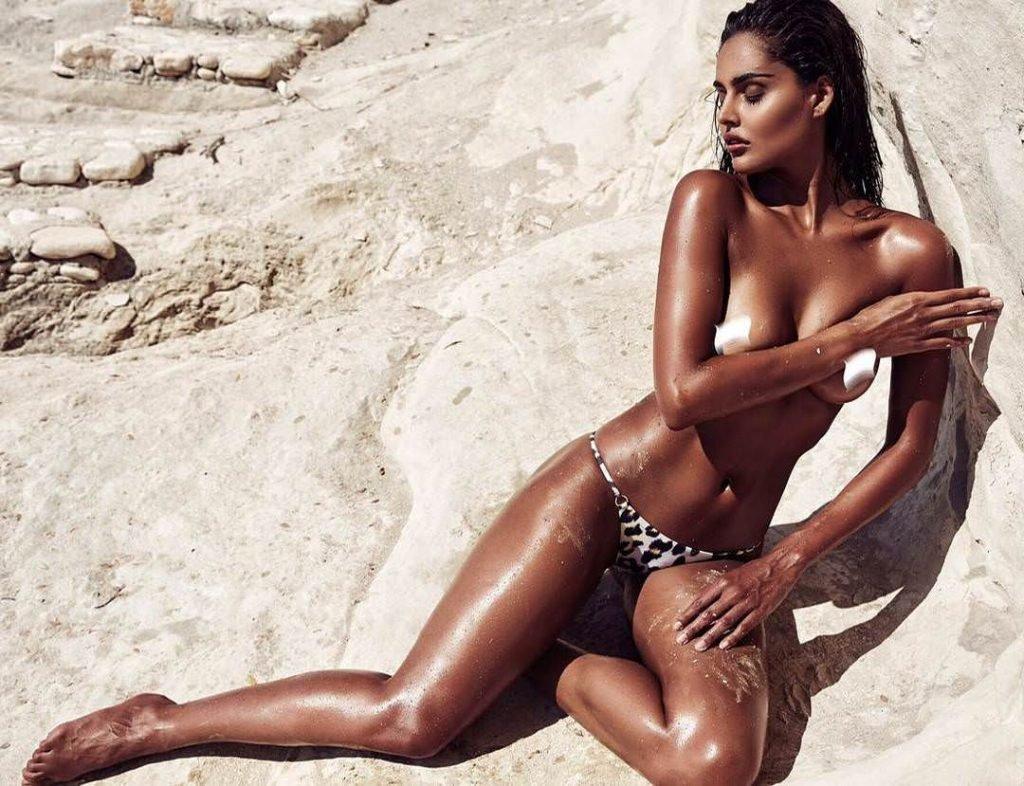 XXX Nathalia Pinheiro nudes (74 photos), Topless, Cleavage, Selfie, in bikini 2017