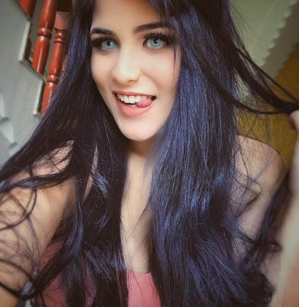 Paola Migliorini Sexy (13 Photos)