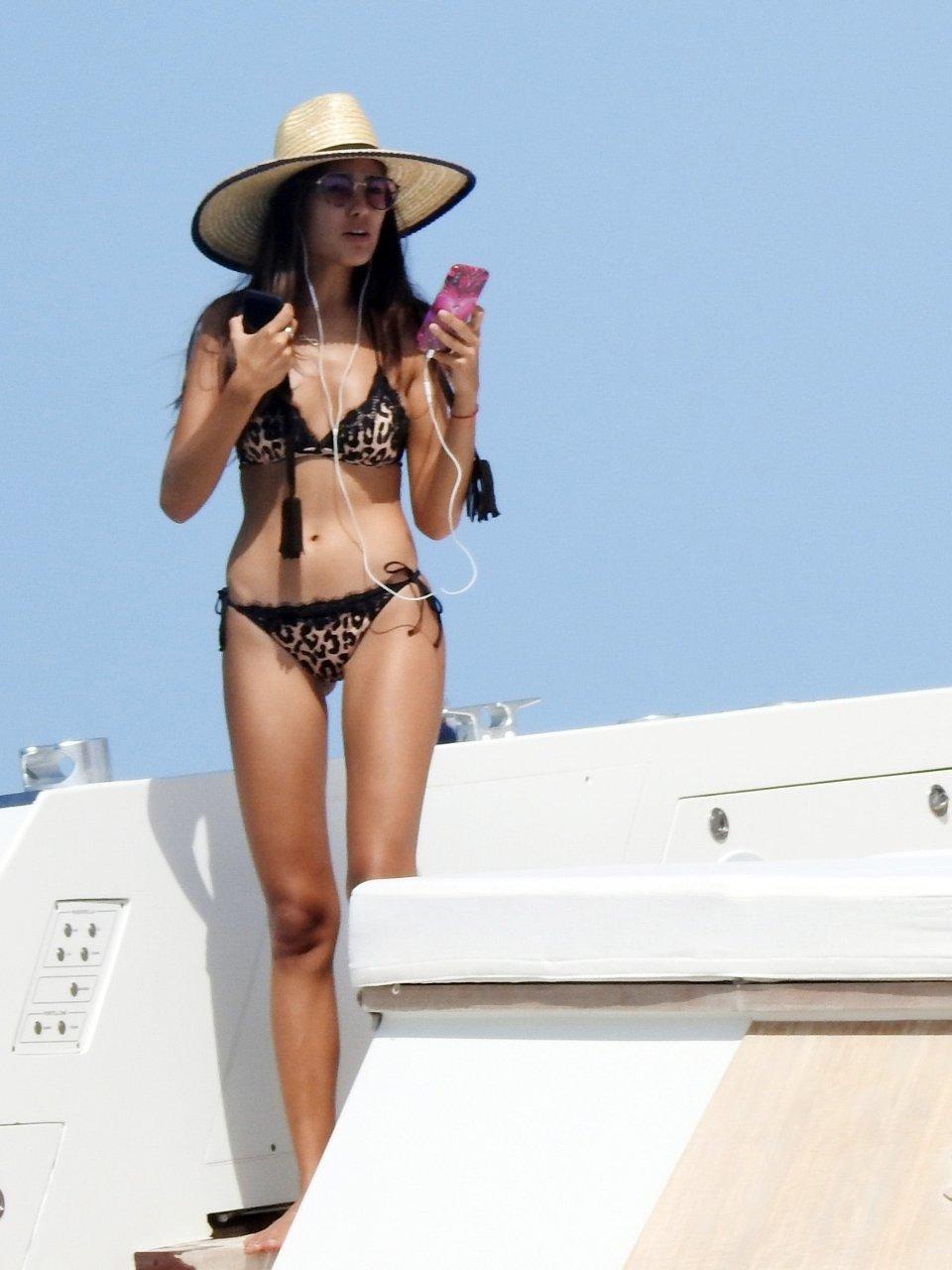 Butt Sharon Fonseca nudes (44 photo) Boobs, 2018, braless