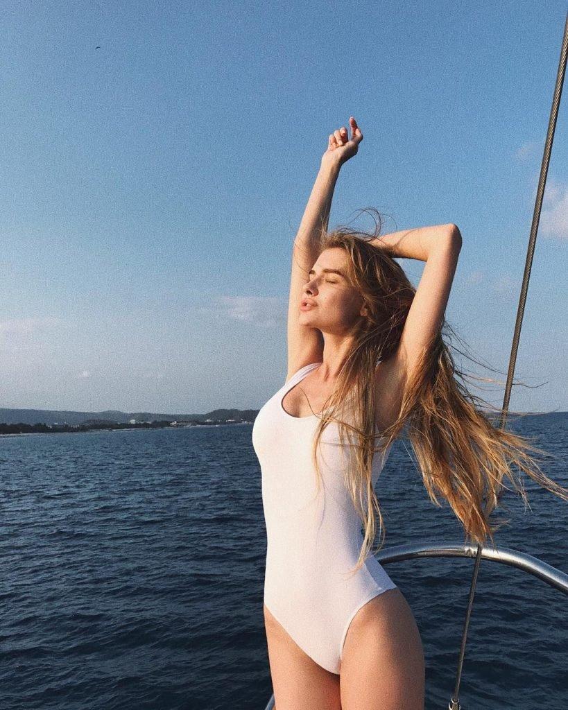 Snezhana Yanchenko Nude & Sexy (69 Photos)