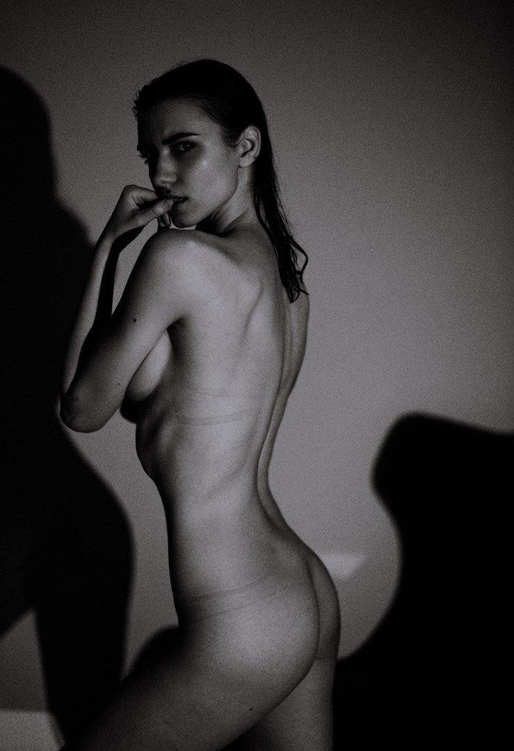 Celebrity Tatyana Nude Naked Gif