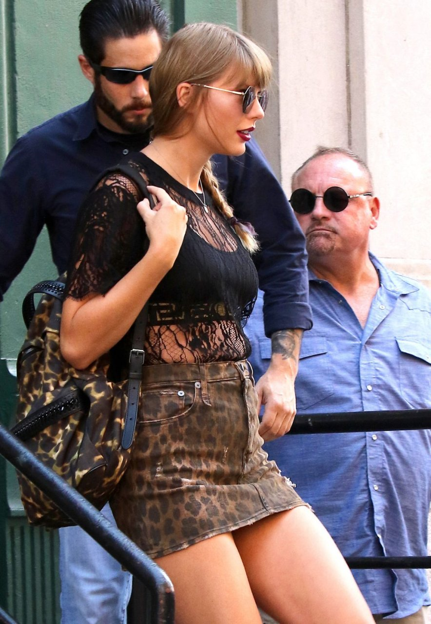 Pity, that taylor swift pantie upskirt sorry, that